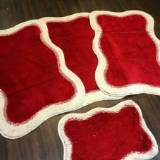 ROMANY WASHABLES TRAVELLERS 4PCS MATS NON SLIP NEW DESIGN SUPER THICK CREAM/RED